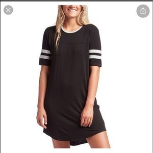 Z supply League Dress medium